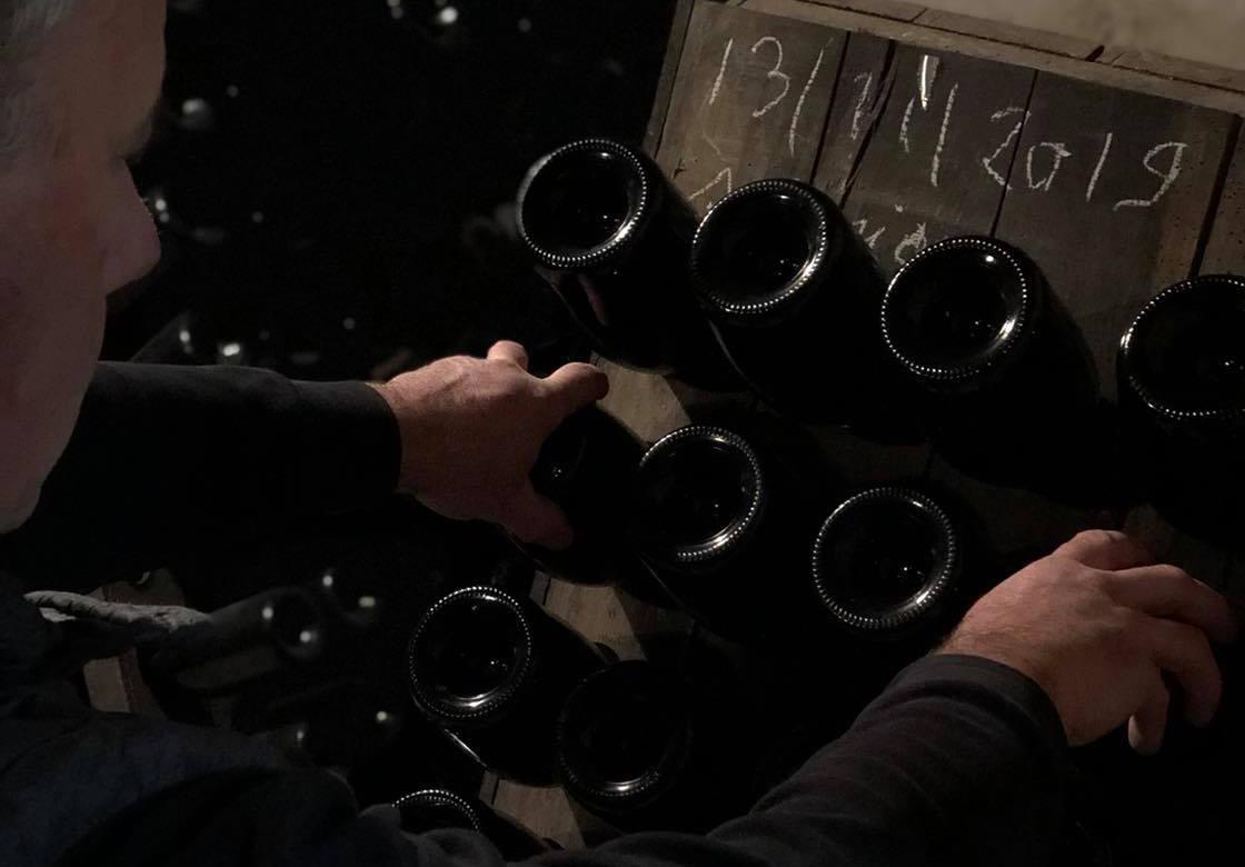 Champagne Thevenet Delouvin - Retournement de bouteille